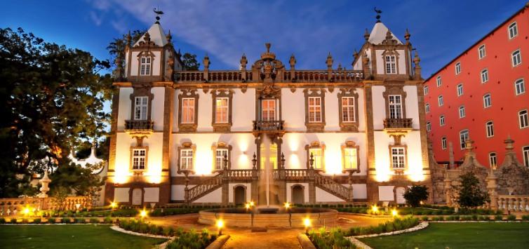 Portugal-Pousada-do-Pal--cio-do-Freixo-in-Porto